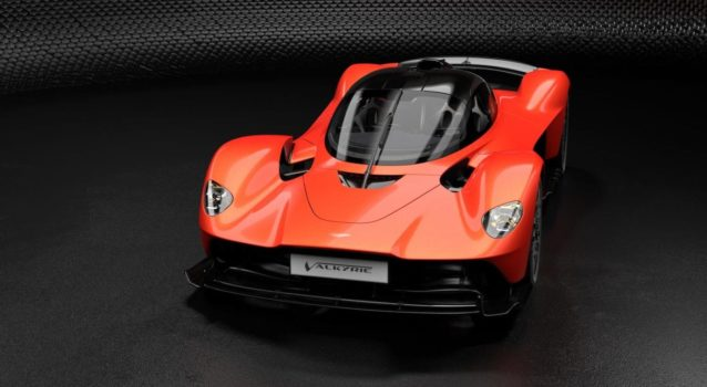 Aston Martin to Receive Electric and Hybrid Tech From Mercedes-Benz
