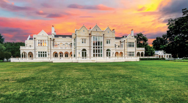 duPont REGISTRY A Buyers Gallery of Fine Homes® November 2020 Uncovered