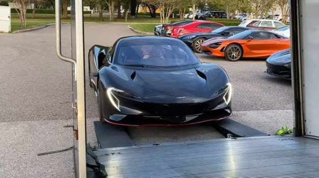 See the McLaren Speedtail's Unboxing and In-Depth Pre-Delivery Inspection
